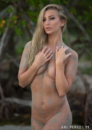 Ari Perez MicroMAG - Ashley Fisher 3