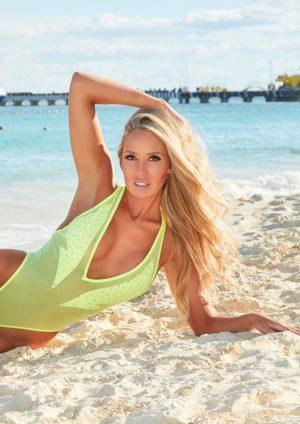 Swimsuit USA MicroMAG – Kim Cote-Tremblay