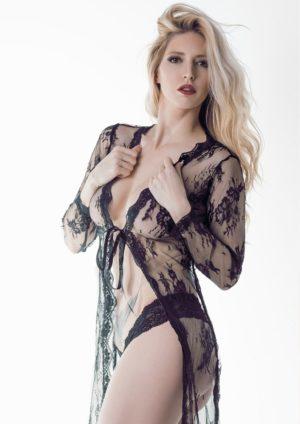 Vanquish Magazine - December 2018 - Audrey Scott 5