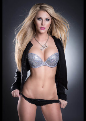 Vanquish Magazine – October 2014 – Hollie Hooseline