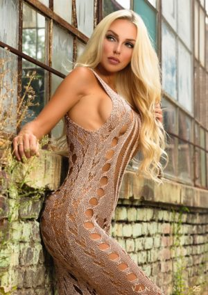 Vanquish Magazine – Gorgeous Blondes – Shelby Leger