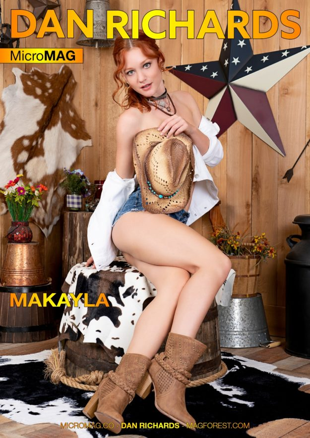 Dan Richards Micromag – Makayla – Issue 2